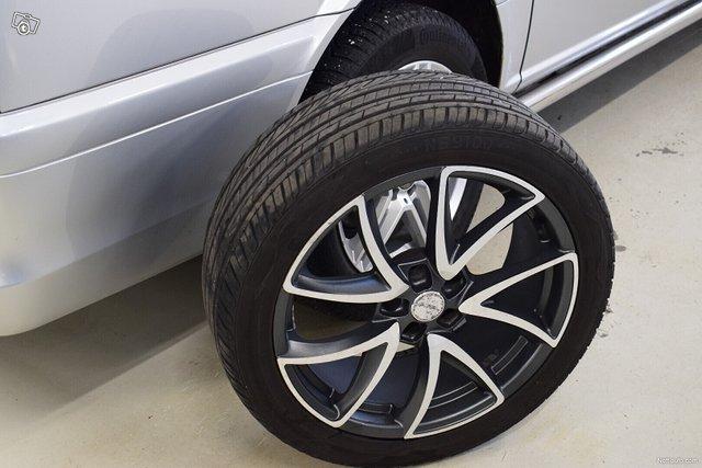 Mercedes-Benz Viano 18