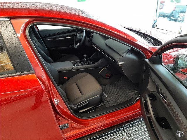 Mazda Mazda3 12