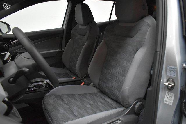 Volkswagen ID.4 5