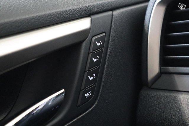 Lexus RX 17