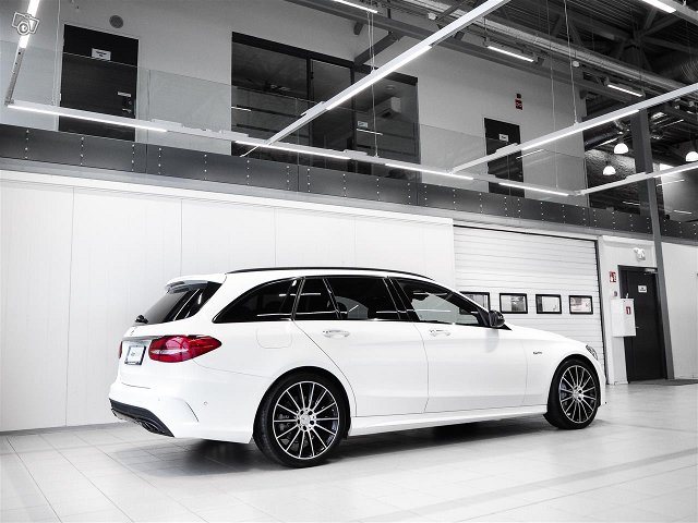 Mercedes-Benz C 43 AMG 4