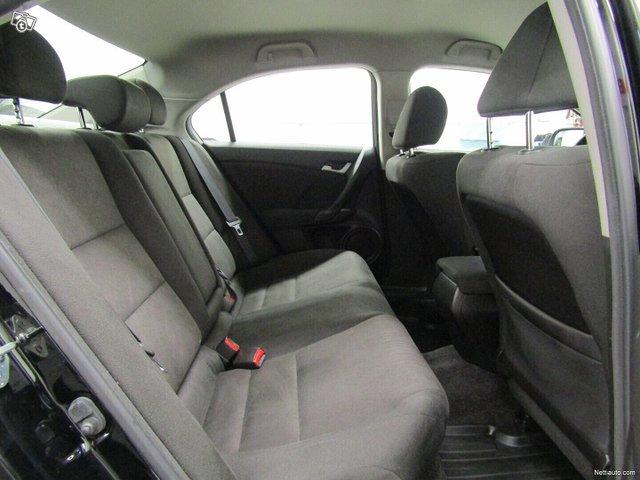 Honda Accord 12