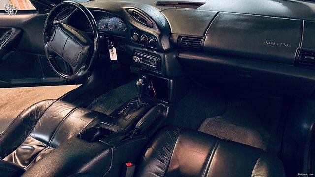 Chevrolet Camaro 22