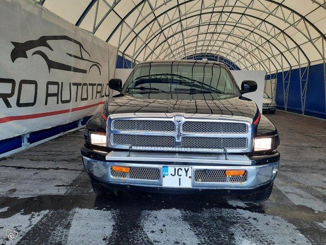 Dodge Ram 1500 3