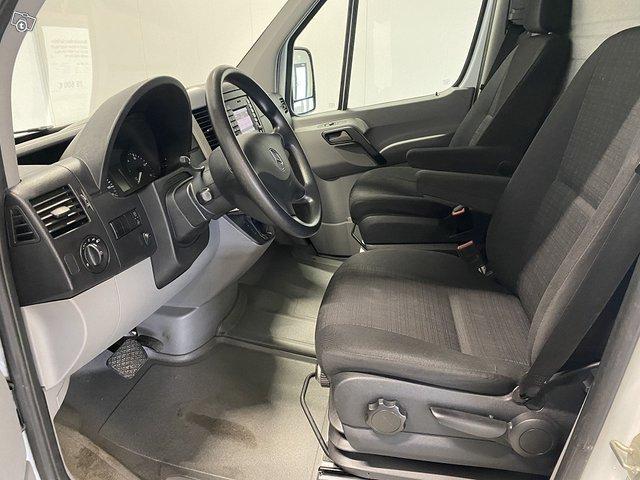 Mercedes-Benz Sprinter 12