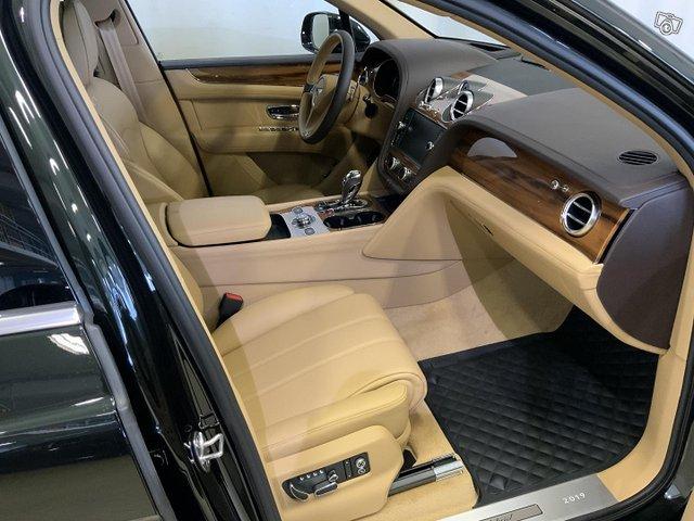 Bentley Bentayga 8