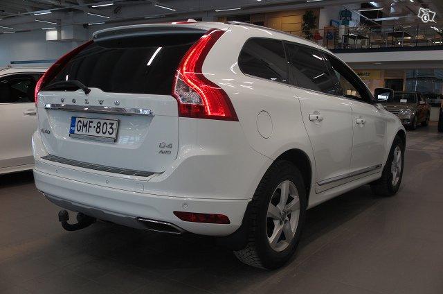 VOLVO XC60 3