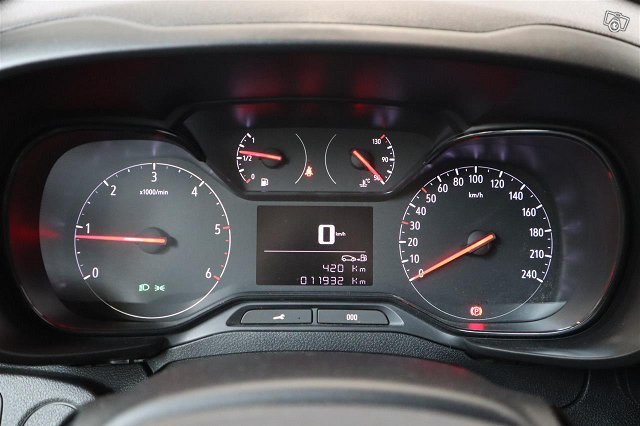 Opel Combo 10