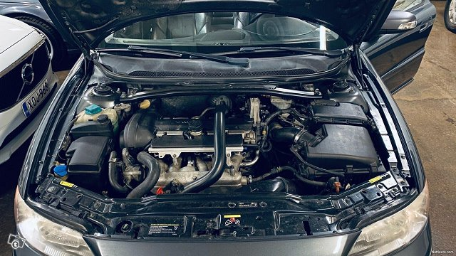 Volvo V70 24