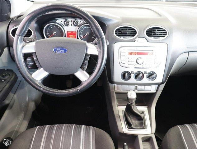 Ford Focus 6