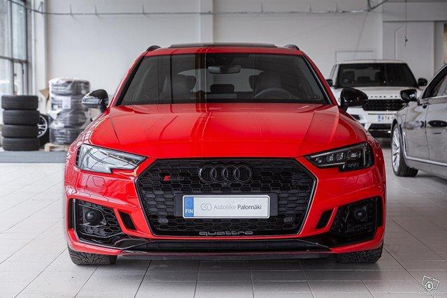 Audi RS4 2