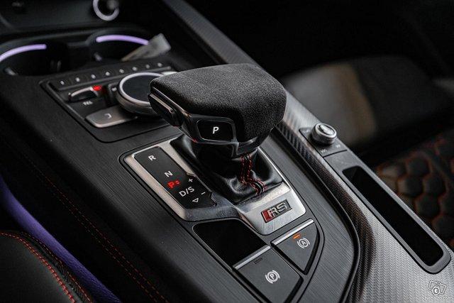 Audi RS4 15