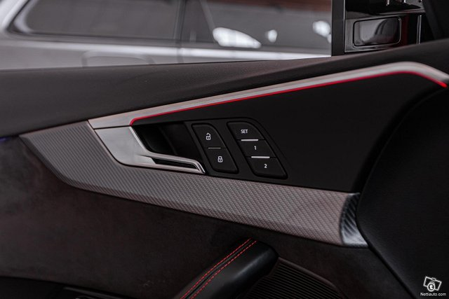 Audi RS4 20