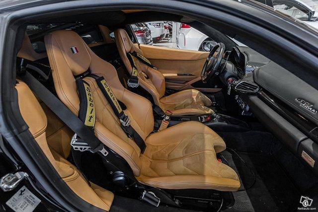 Ferrari 458 11