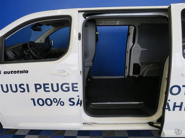 Peugeot E-Expert 6