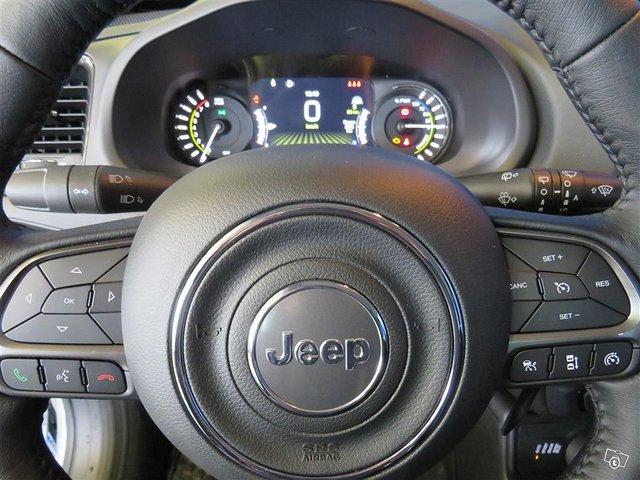 Jeep Renegade 11