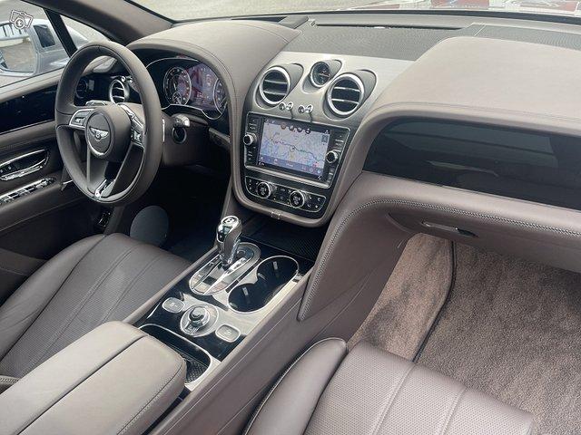 Bentley Bentayga Hybrid 9
