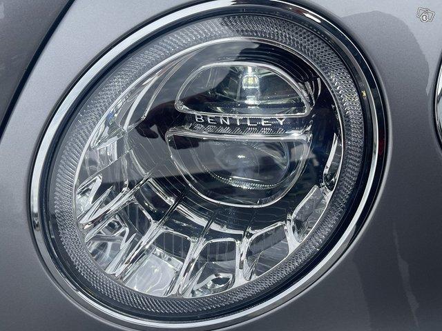 Bentley Bentayga Hybrid 15