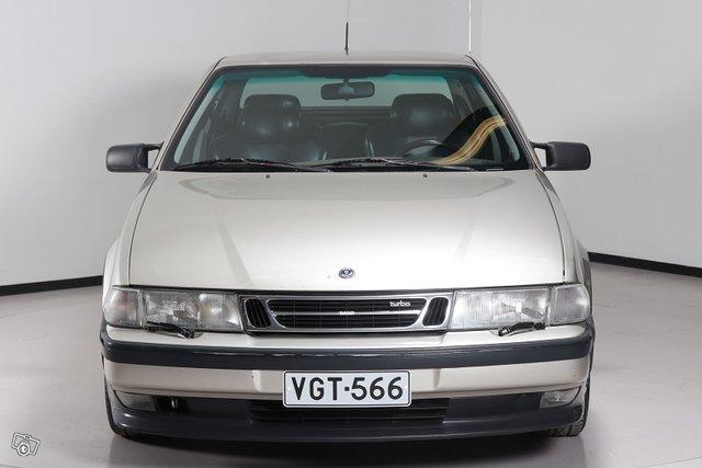 Saab 9000 2