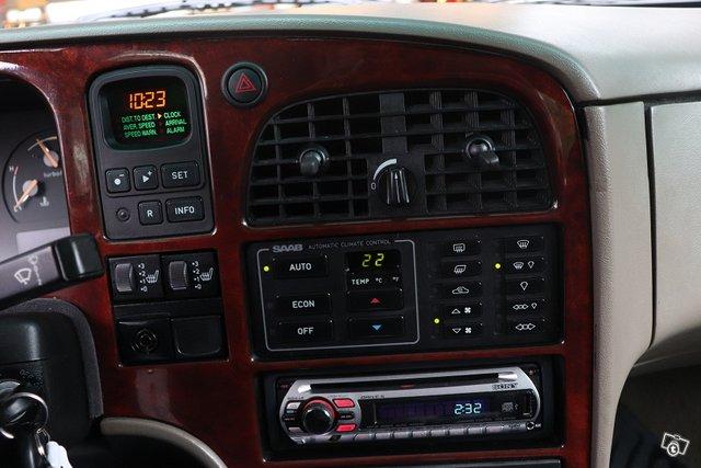 Saab 9000 17