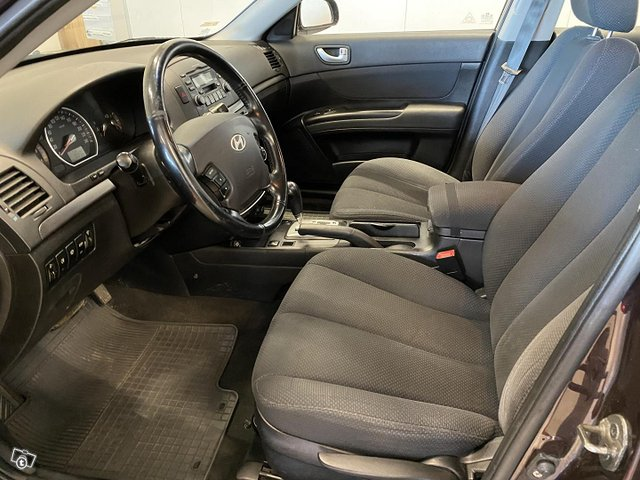 Hyundai Sonata 8
