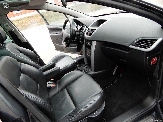 Peugeot 207 12