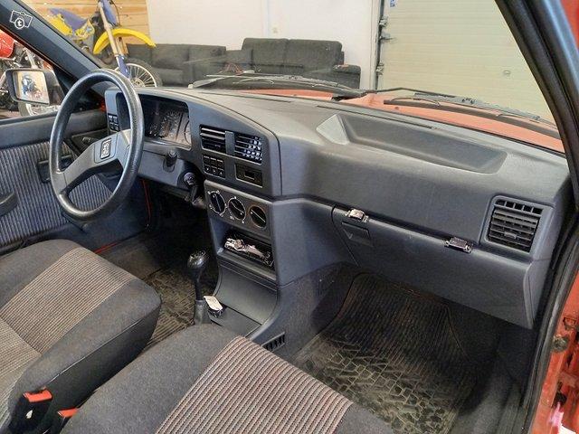 Peugeot 309 8