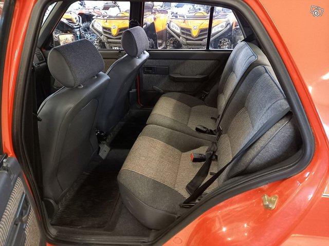 Peugeot 309 10