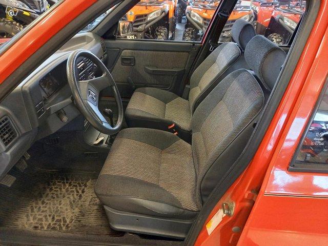 Peugeot 309 11