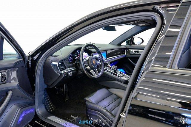 Porsche Panamera 14
