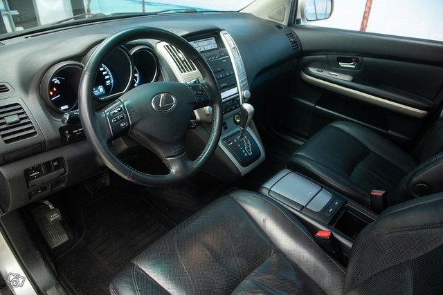 Lexus RX 10
