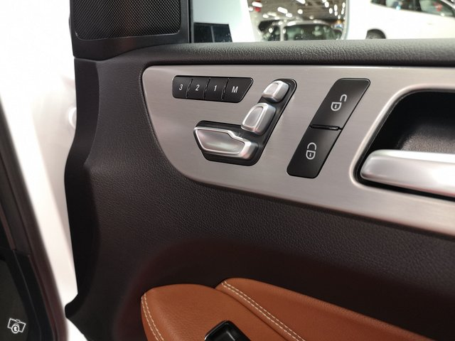 Mercedes-Benz GLE 16