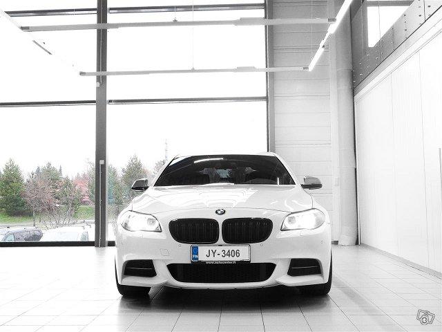 BMW M550 2