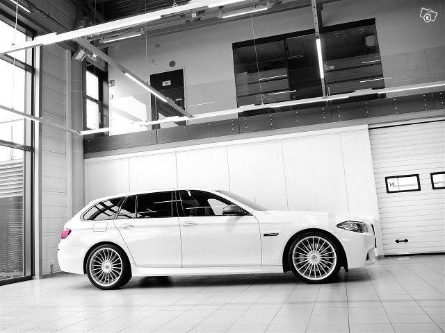 BMW M550 3