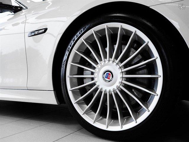 BMW M550 5