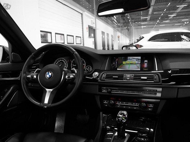 BMW M550 7