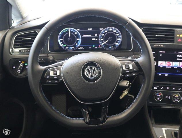 Volkswagen Golf 8