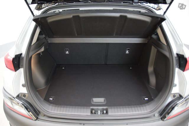 Hyundai KONA 9