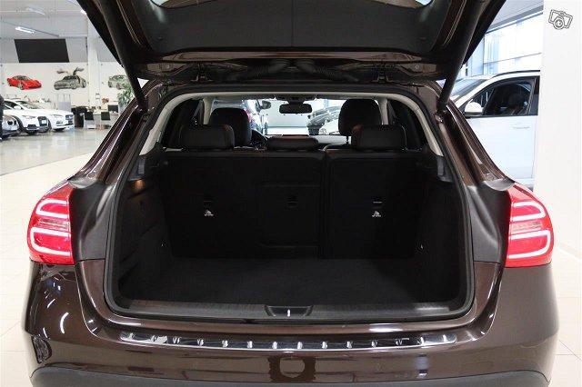 Mercedes-Benz GLA 16