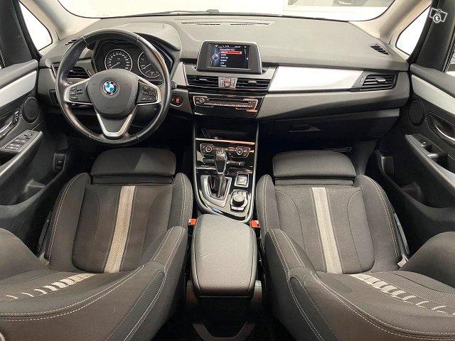 BMW 220 4