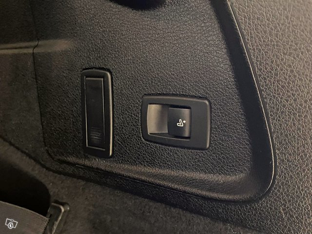 BMW 220 17