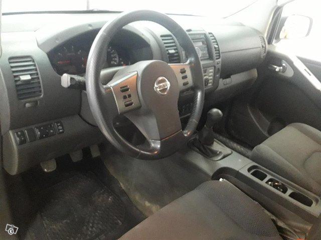 Nissan Navara 6