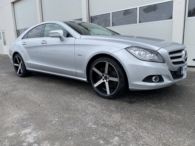 Mercedes-Benz CLS 350 2