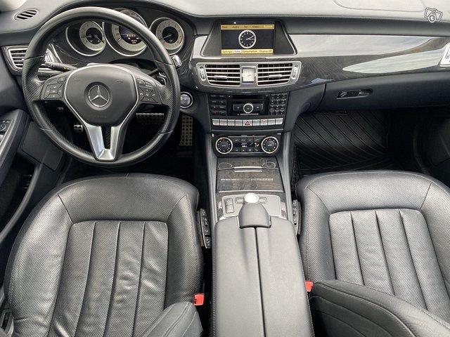 Mercedes-Benz CLS 350 11