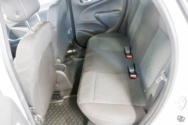 Opel Crossland X 7