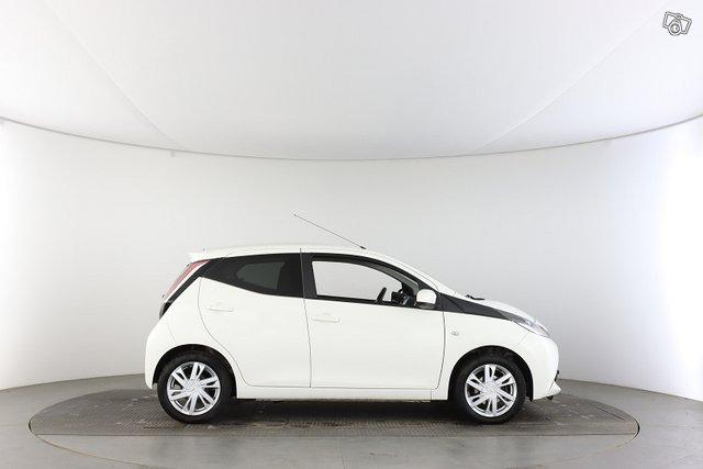 Toyota AYGO 6