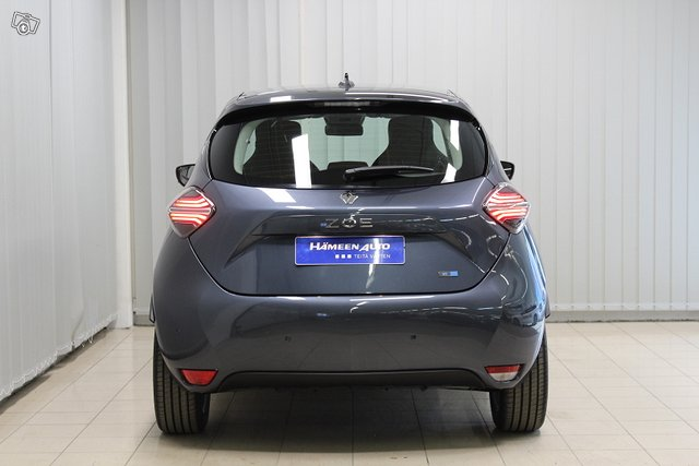 Renault Zoe 11