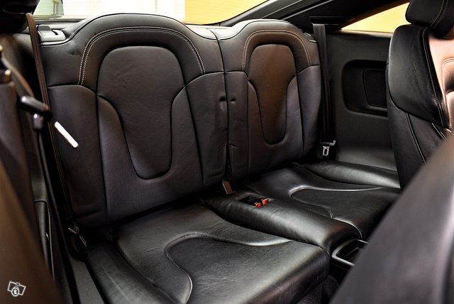 Audi TTS 13