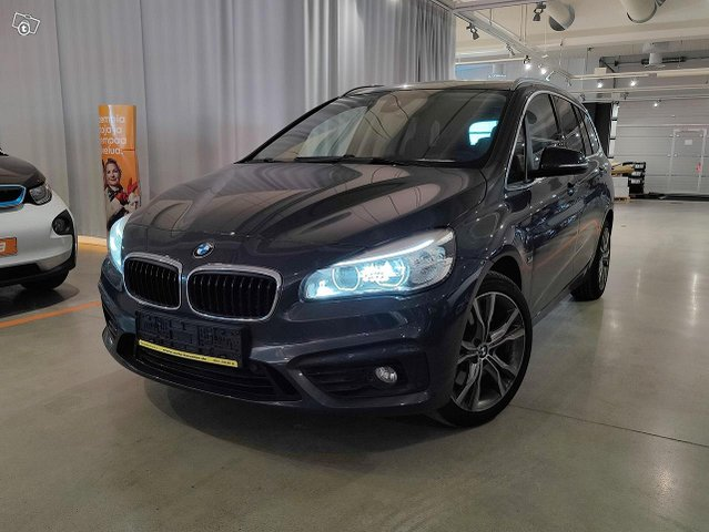 BMW 220, kuva 1