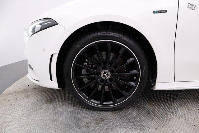 Mercedes-Benz A 21